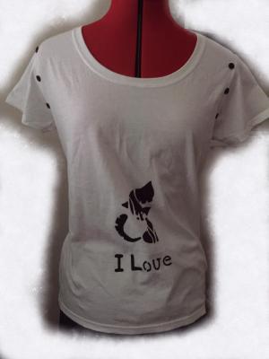 T-shirt chat «I Love»